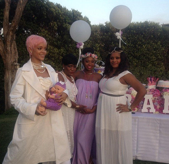 rihanna-baby-shower-4