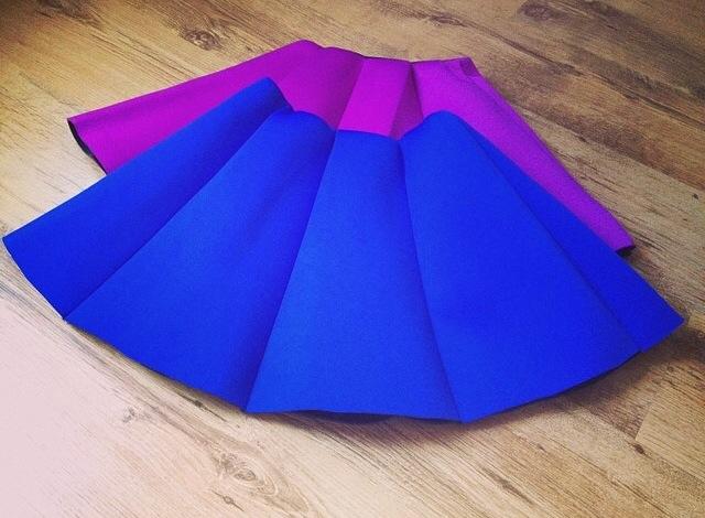 Skirts in Neoprene material.