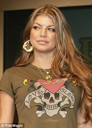 2962FB1D00000578-3111658-Fergie_was_a_big_fan_of_the_Ed_Hardy_fashion_line-a-6_1433789051130