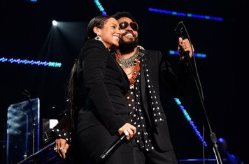 Alicia-Keys-Lenny-Kravitz-Keep-A-Child-Alive-Black-Ball-2015-billboard-650